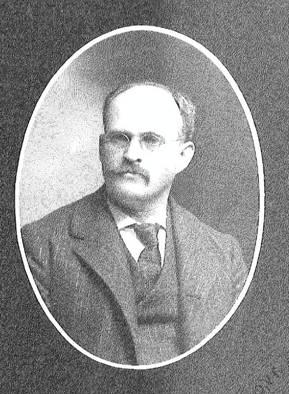 A black and white portrait of Willard Webster Eggleston